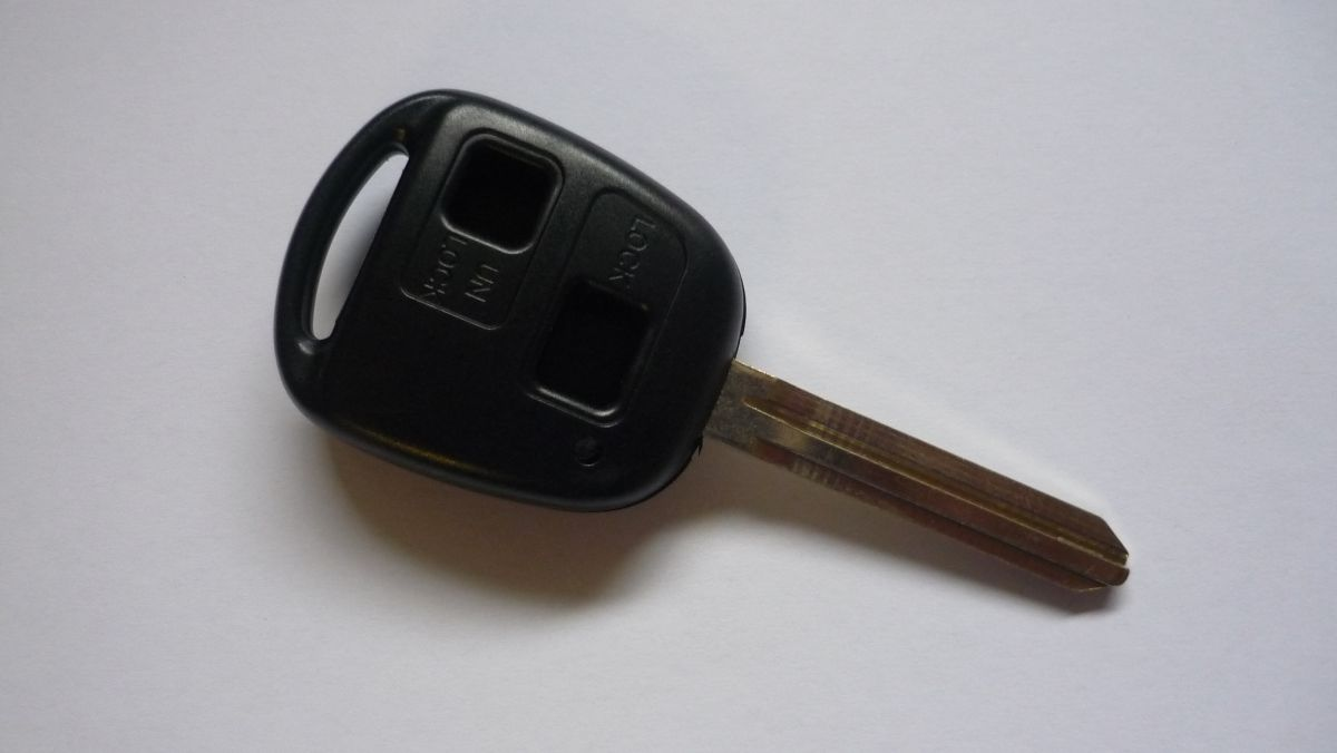 Obal klíče klíč PTW Toyota RAV4 AVENSIS YARIS 8mm planžeta