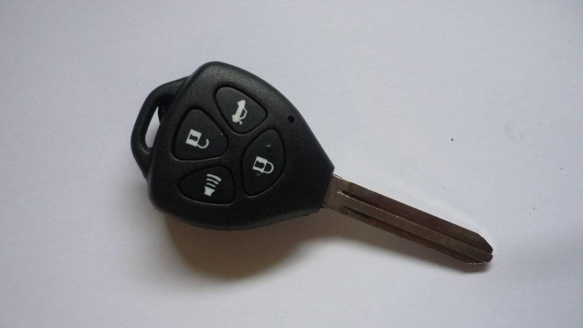 Obal klíče klíč PTW Toyota AVENSIS AYGO RAV4 8mm planžeta